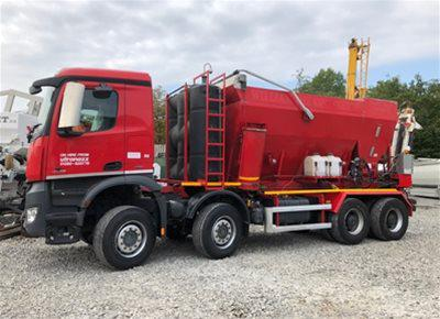 1 off Used HYDROMIX HM12H-E / MERCEDES Volumetric Mobile Concrete Mixer (2015)